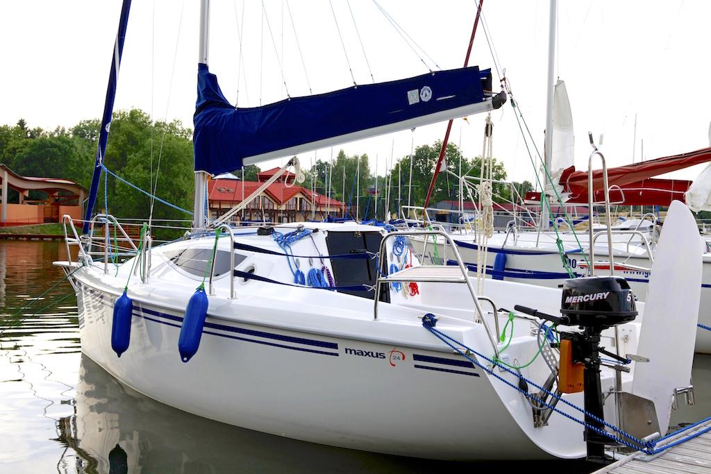 Maxus 24 1 Czarter Jachtów